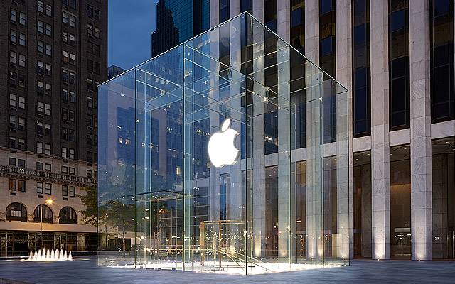 apple store -cmo-marketing-customer service skills-conversation management